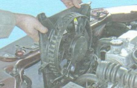 Самостоятельная замена радиатора охлаждения на калине. Ничего сложного