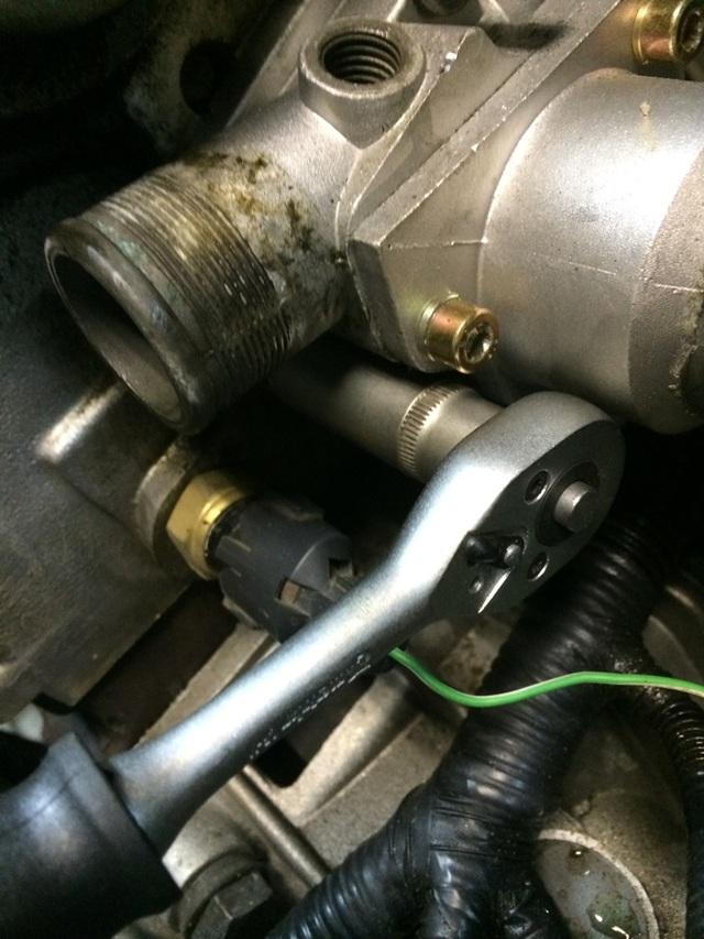 Какой термостат лучше поставить на калину? Обрати внимание на родной от автоваза