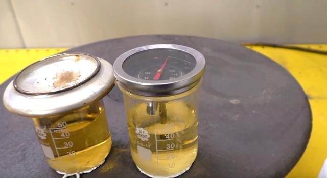 Куда заливать и как заменить тормозную жидкость? Детальный ответ