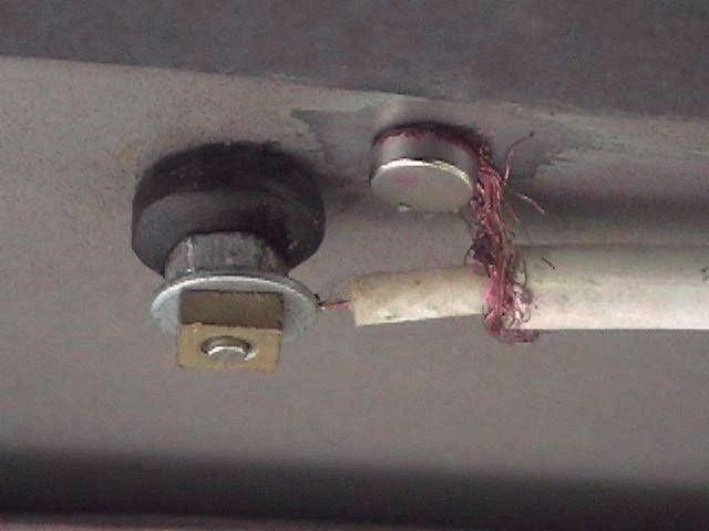 f988b60b5383d06be3e5601f27c87b8e - Антенны для автомобилей конструкция