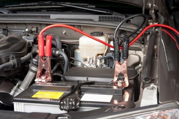 Как правильно прикурить автомобиль от другой машины? Советы, практика и инструкция